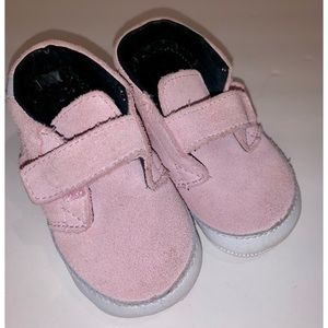 Vans soft sole suede infant sz 4